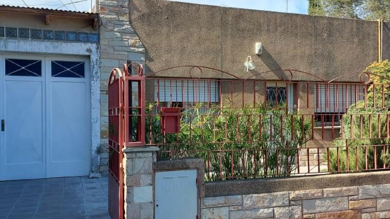 Casa en venta en Pedro Pico 1200